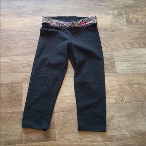 PINK Victoria's Secret Capri Leggings